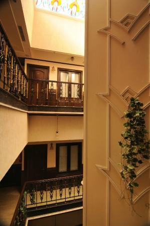 Hotel Diplomat Residency : Inside the hotel