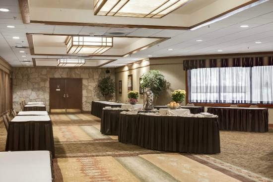 Holiday Inn Hotel & Suites Des Moines - Northwest : Pre-function Area