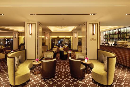 โรงแรมคาราเวล: Cafe de l'Opera_at1_CaravelleSaigon_HoChiMinh