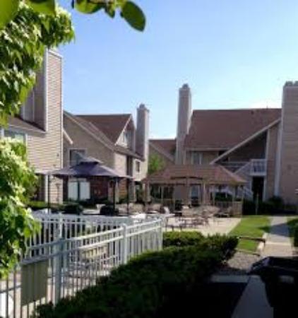 Hawthorn Suites By Wyndham Fishkill/Poughkeepsie Area: Hawthron Suites Patio