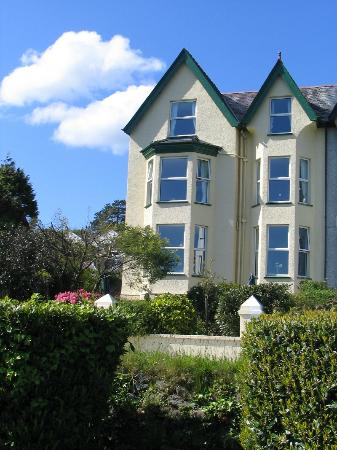 Glyn-y-Coed Hotel: Glyn y Coed with parking