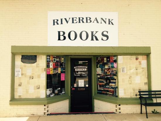 ‪Riverbank Books‬