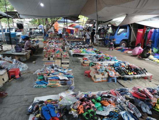 Sanpatong buffalo market