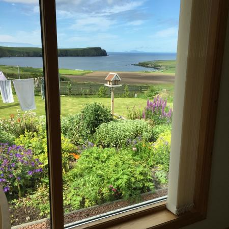 Hayhoull Bed & Breakfast: View from the guest lounge