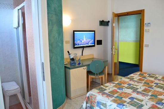 Hotel Ettoral: Camera Matrimoniale