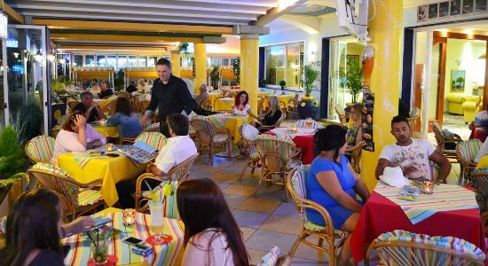 Hotel Ettoral: Terrazza Bar Hotel