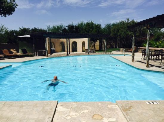 Lajitas resort spa pool area picture of lajitas golf for Spas and resorts in texas