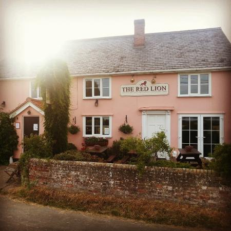 The Red Lion: Summer 2015