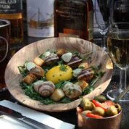 Red Lion Pub: Snails