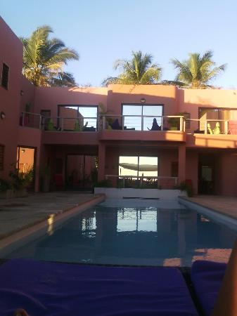 Hotel Sarimanok : Hôtel sympa et bien placé pour profiter le couché du soleil