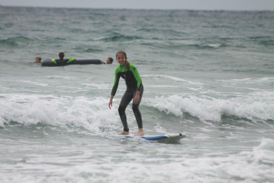 Surfin Fire Surf School: Macy Surfing!