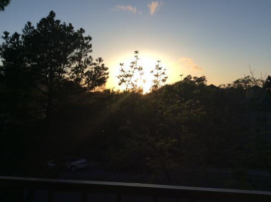 La Cuesta Inn: Sunset from our balcony.