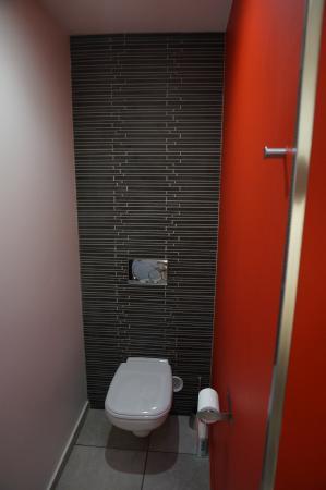 Villa Cassis: Toilette