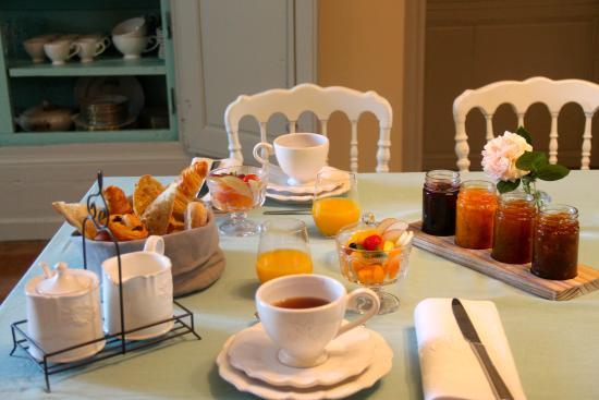 """Résultat de recherche d'images pour """"petit dejeuner francais"""""""