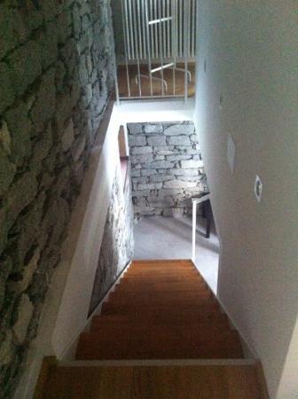 Ca' del Borgo: Cà del borgo, composta da salottino e bagno al piano terra e camera da letto al primo piano
