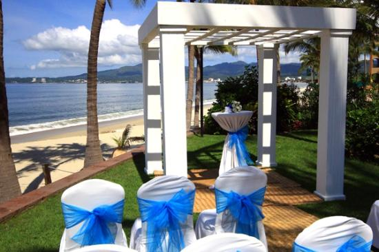 Villa La Estancia: Wedding at the beach