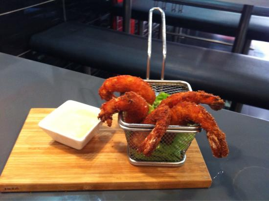 Mister Noodles: Rollo primavera, langostino crispy panko, pollo crispy panko excelentes sugerencias