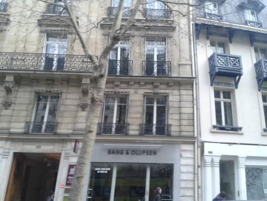 Παρίσι, Γαλλία: Boulevard St. Germain