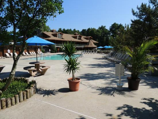 Normandy Farms Family Camping Resort: Rec Hall And Pool