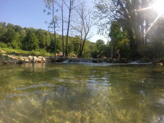 Apartments Orhideja: River korona (5 minute walk from apartment)