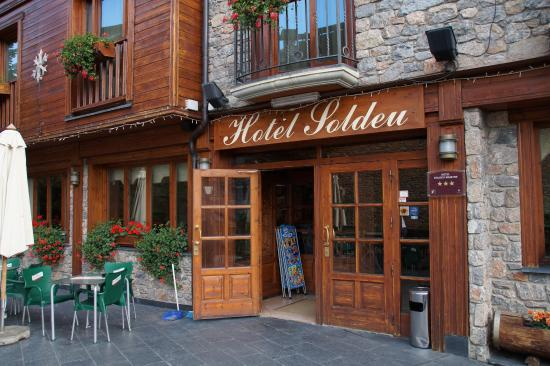 Hotel Soldeu Maistre: main entrance