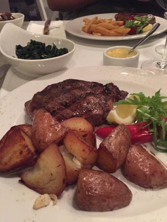 Tartar steak a'la Gare de l'Est Bild från Pimiento
