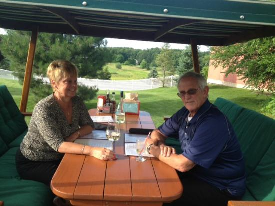 Allegan, MI: Enjoying a special occasion at the Grill House on a lovely night