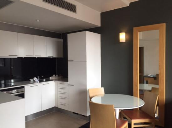 Adina Apartment Hotel Copenhagen: Kitchen