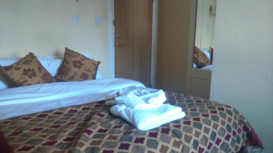Gleneagles Guesthouse: room 7