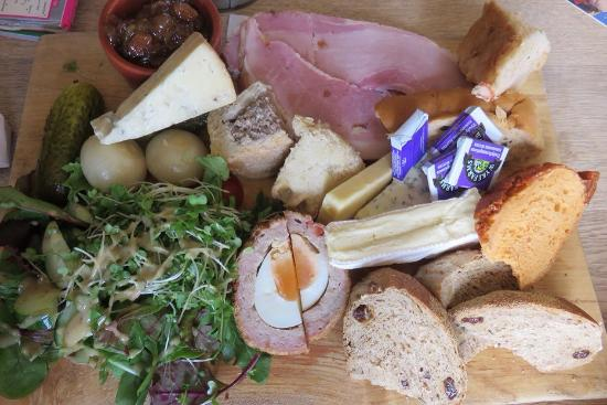 The Anchor Inn at Seatown: The ultimate ploughmans lunch - fantastic!