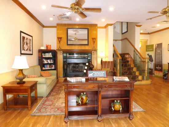 Country Inn & Suites By Carlson, Ocala: Lobby Entrance