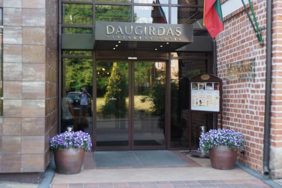Daugirdas Hotel: Entrance