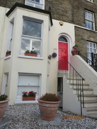 299 London Road : Front Door