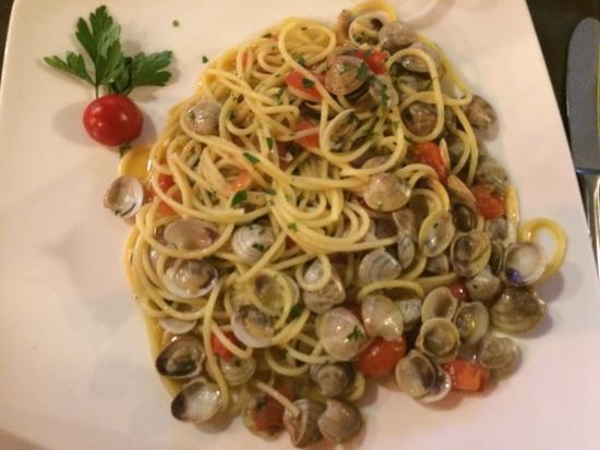 Griglia d'Oro: Spaghetti alle vongole buonissimi