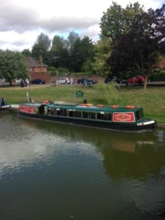Kennet & Avon Canal: The Rose Narrow Boat, Hungerford Wharf, Berkshire