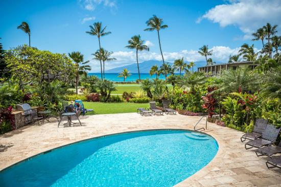 The Mauian Hotel on Napili Beach: Pool with a View