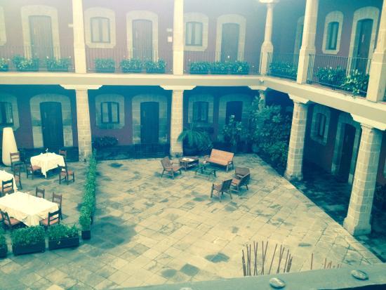 Boutique Hotel de Cortes: La cour intérieur