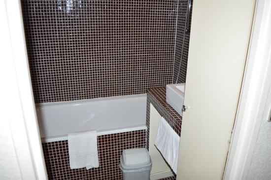 Hotel d'Orsay: BAGNO