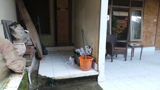 Matahari Cottage Bed and Breakfast: Le nettoyage laisse à désirer..