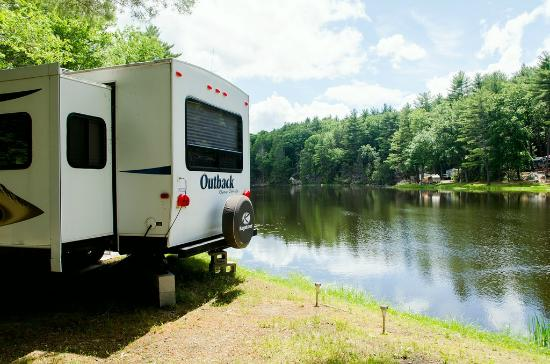 Sturbridge RV Resort: RV Site