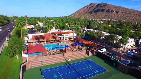 Scottsdale Camelback Resort: Camelback View