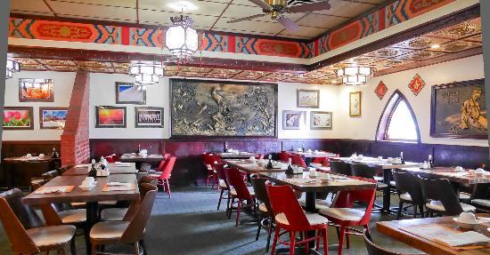 Golden Wok II: Lunch Dining