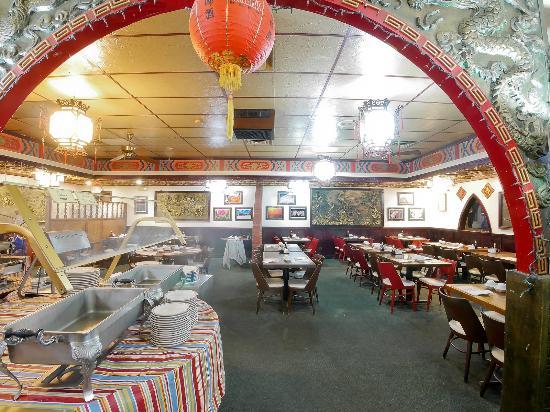 Golden Wok II: Lunch Buffet
