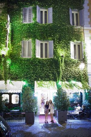 Boutique Hotel Campo de Fiori: Adorable hotel, both day and night