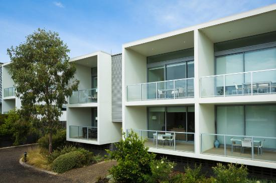 Coast Resort Merimbula: External Apartment View