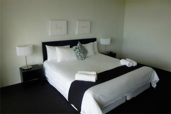Coast Resort Merimbula: Master Bedroom