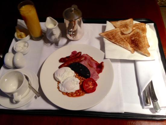 ‪‪Alderley Edge Hotel‬: Room service breakfast in Arley Suite‬