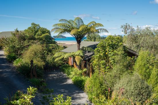 Abel Tasman Ocean View Chalets, Hotels in Abel Tasman National Park