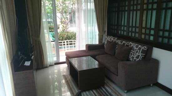 Arisara Place Hotel: room