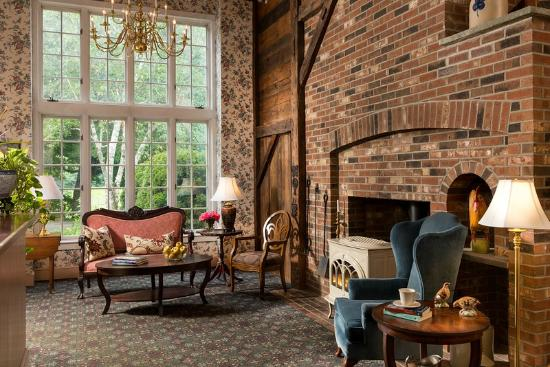 West Chesterfield, Nueva Hampshire: Relax in Our Main Room